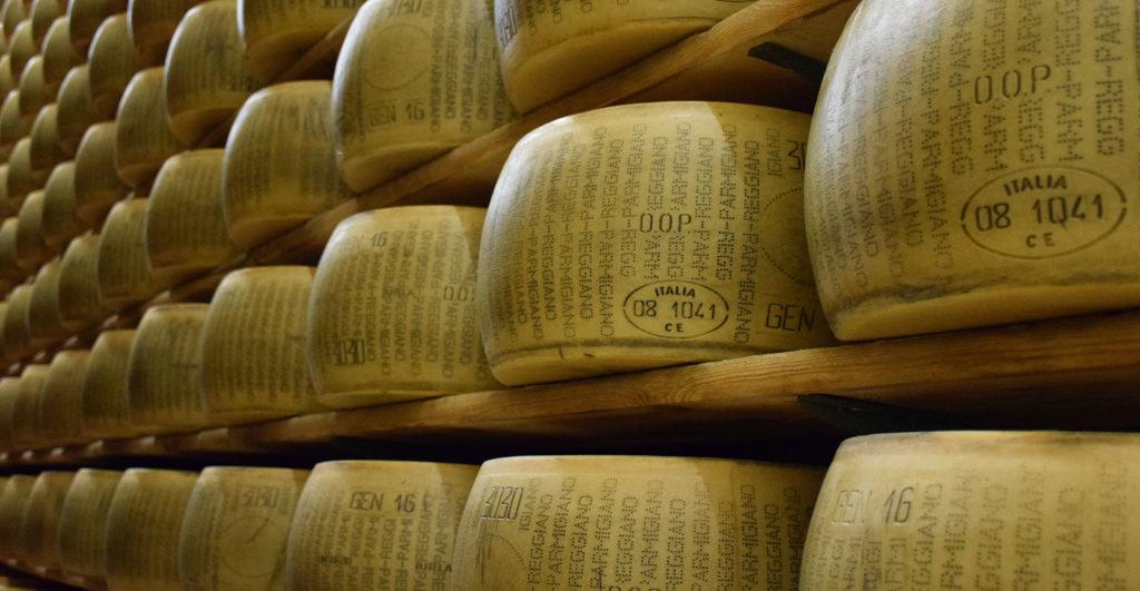 slide-articolo-forme-formaggio-sti-dazi-in-wine-opinion